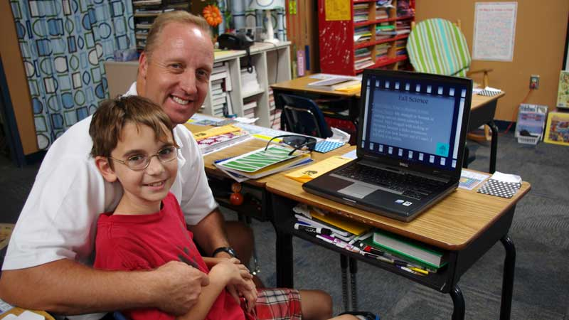 Technology brings new dimension to 5th graders
