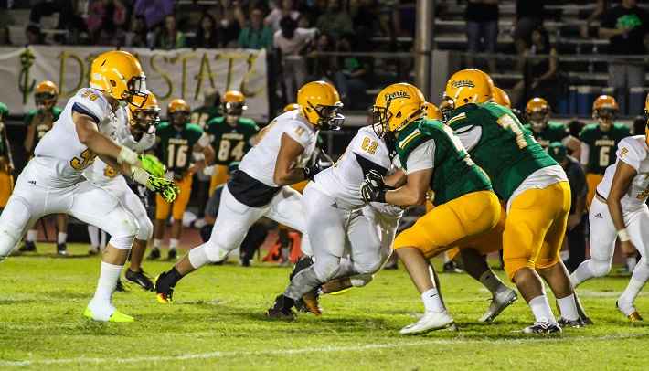The Padres took their game on the road and shut down the Peoria Panthers, 35-0. (Wrangler News photo by Alex J. Walker)